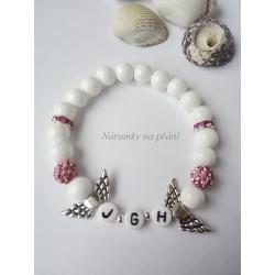 bílo-růžový náramek s iniciály